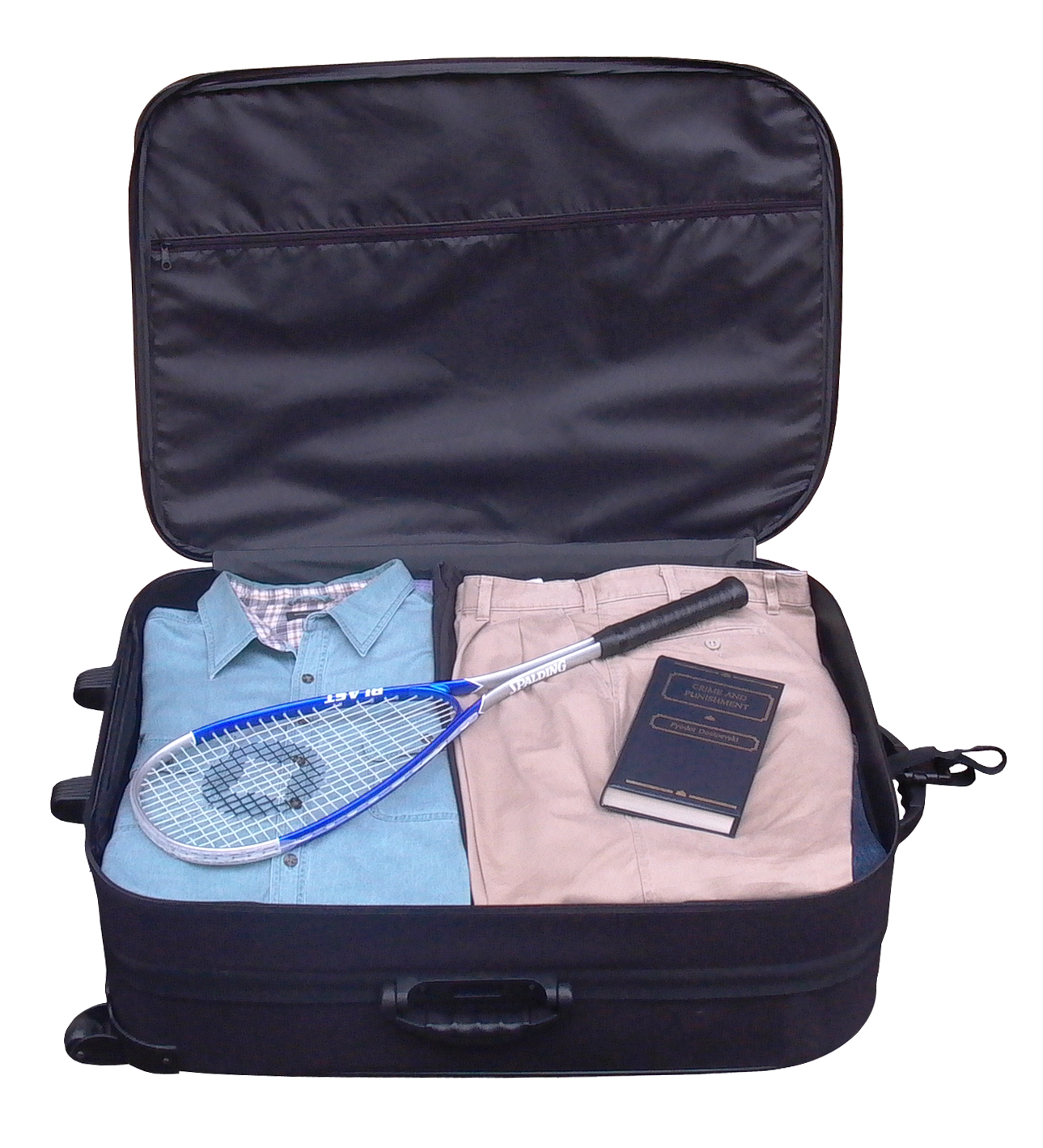 neatly-packed-suitcase-1524953