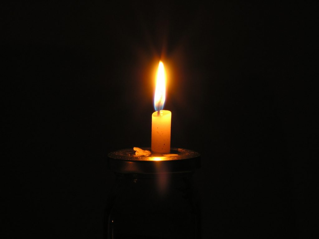 candle-1-1553438-1280x960